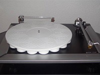 ACRYLIC TURNTABLE MAT for Rega P7 white-grinded with label recess and surface-finish