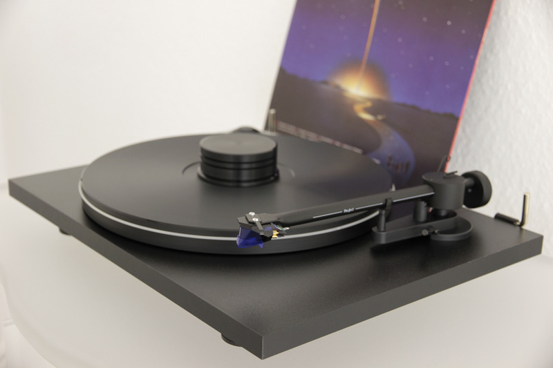 Pro Ject Essential Premium Black Incl Delta Device
