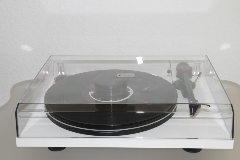 project essential turntable Shop from the world's largest selection and best deals for pro-ject audio record players & turntables  project turntable  pro-ject's first essential turntable.