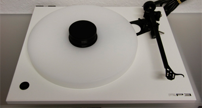 REGA RP3 turntable with DD Acrylic Platter+Puck