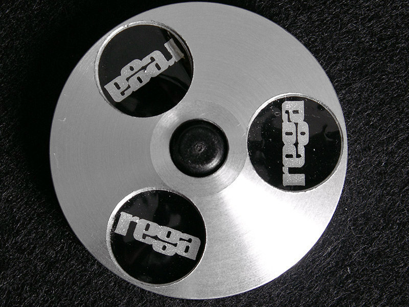 REGA Single Puck für 45er-Singles