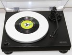 "DELTA DEVICE | PLEXIGLAS® Turntable Mat also for Single Records 7"" - white"