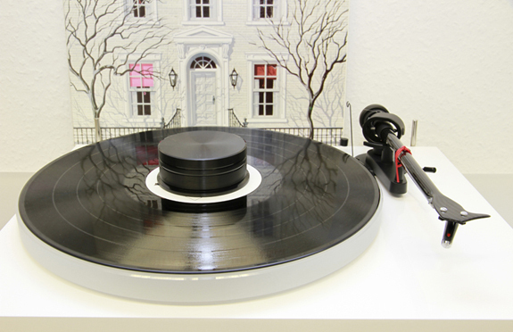 3511949180_project_debut_carbon_phono-usb-plattenspieler-turntable_300-12.jpg