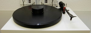3511948180_project_debut-carbon-basic-phonousb-plattenspieler-turntable-300